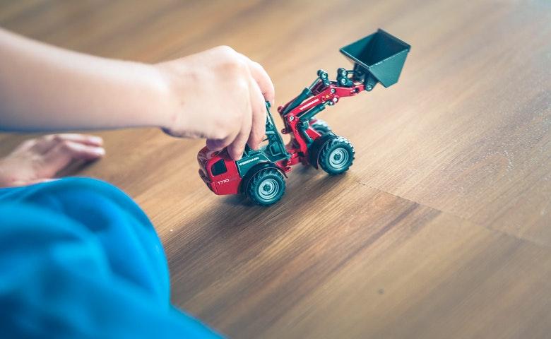 How to Keep Children Active Indoors